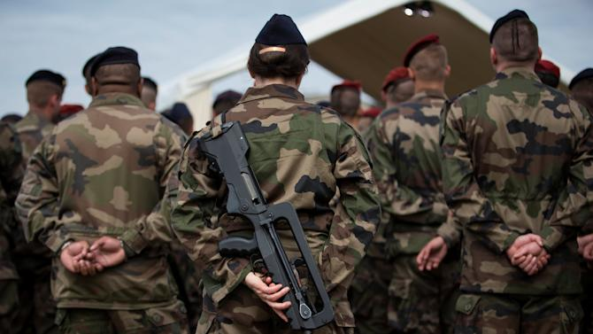 French soldiers are seen at the Army base and command centre for France's 'Vigipirate' plan, dubbed 'Operation Sentinelle', at the fort of Vincennes, on the outskirts of Paris