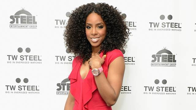 Kelly Rowland Rescued At Sea
