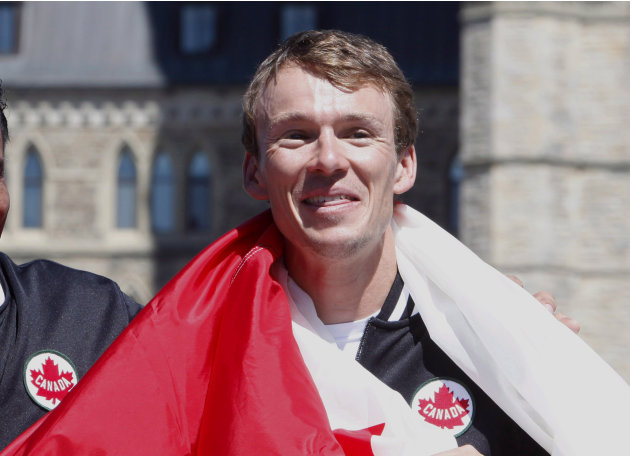 Triathlete Simon Whitfield