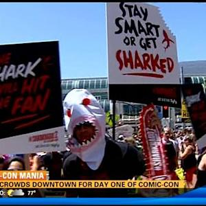 Huge crowds downtown for start of Comic-Con