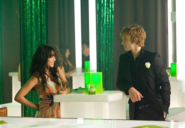 Vanessa Hudgens Alex Pettyfer Beastly Production Stills CBS 2011