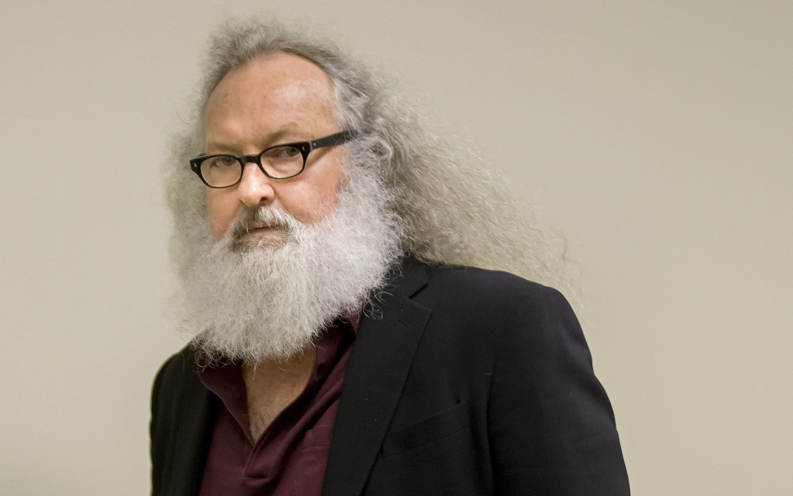 US actor Randy Quaid ordered released; facing deportation