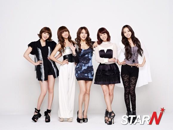 Kara extended their contract with Universal Music Japan