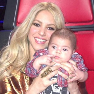 Milan ayuda a Shakira en The Voice