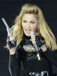 Madonna defends MDNA tour violence