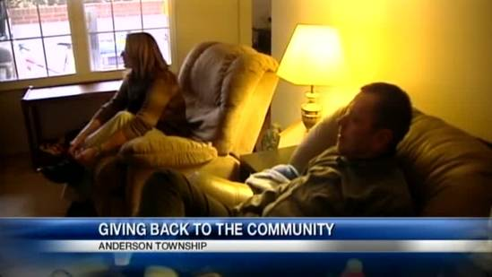 Couple spends last of Christmas money to help others