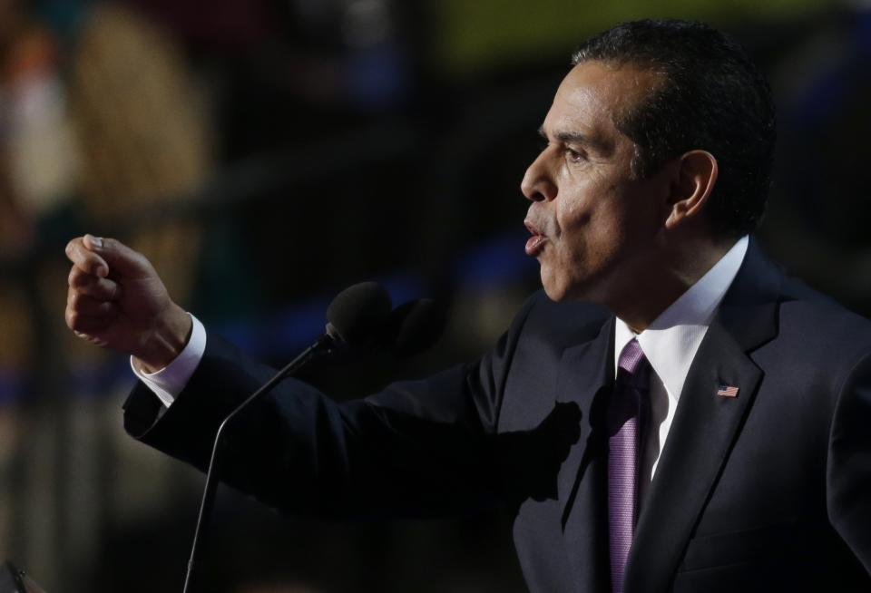 Los Angeles Mayor and Democratic Convention Chairman Antonio Villaraigosa the Democratic National Convention in Charlotte, N.C., on Thursday, Sept. 6, 2012. (AP Photo/Lynne Sladky)