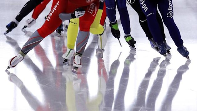 Speed skating generic (Reuters)
