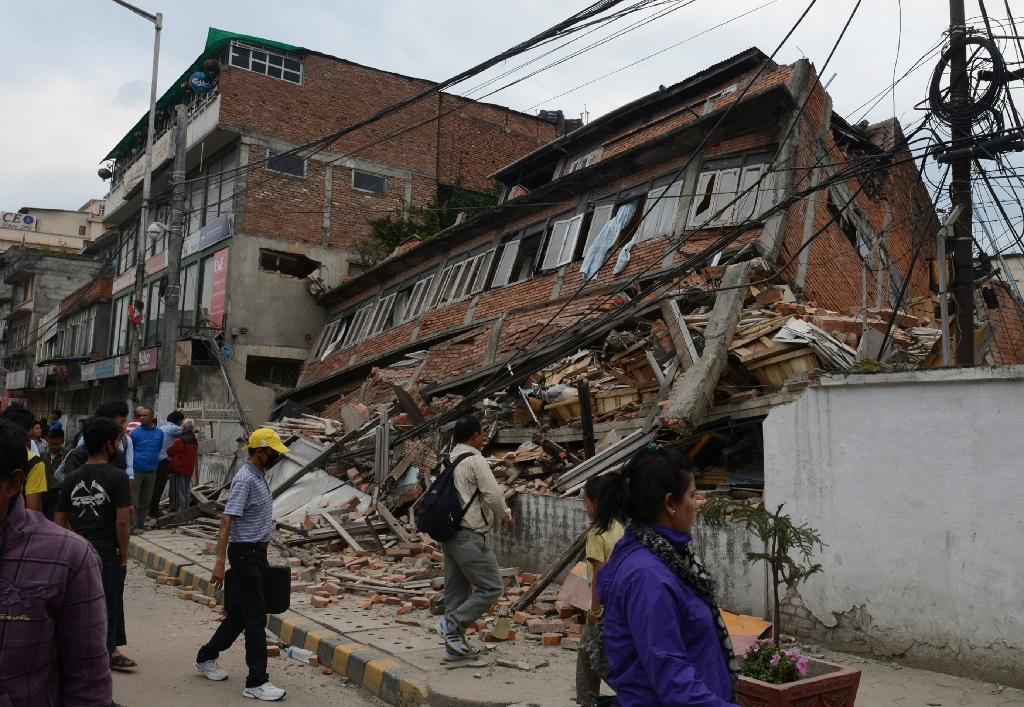 Asian countries search for citizens stranded by Nepal quake