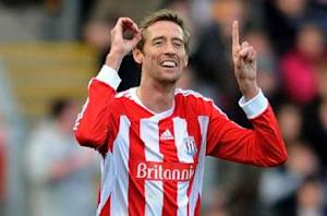 Crawley Town 0-2 Stoke City: Jonathan Walters and Peter Crouch goals ease Potters into FA Cup quarterfinals despite Rory Delap red card