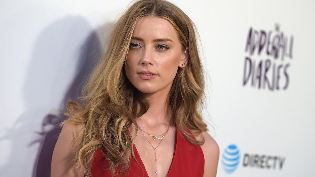 Amber Heard Claims Johnny Depp Has Been 'Stonewalling' Divorce Proceedings