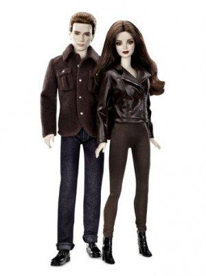 'Breaking Dawn - Part 2': Robert Pattinson, Kristen Stewart's Barbie Dolls Released Just in Time for Christmas