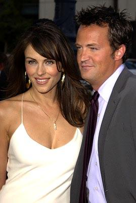 Elizabeth Hurley and Matthew Perry at the Beverly Hills premiere of Paramount's Serving Sara