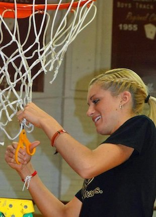 Tyra Buss celebrates scoring 50 points and winning a league title — TyraBuss.com