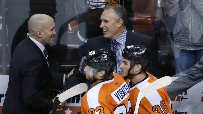 Flyers top Panthers 2-1 in Berube's coaching debut