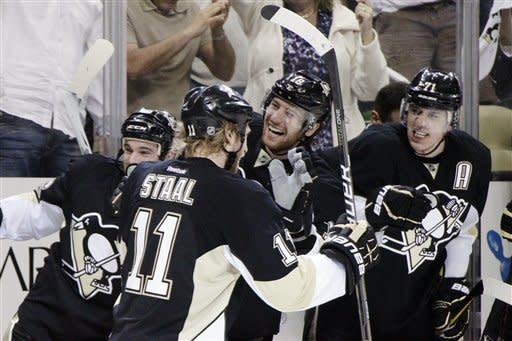 Penguins beat Flyers 3-2 to force Game 6
