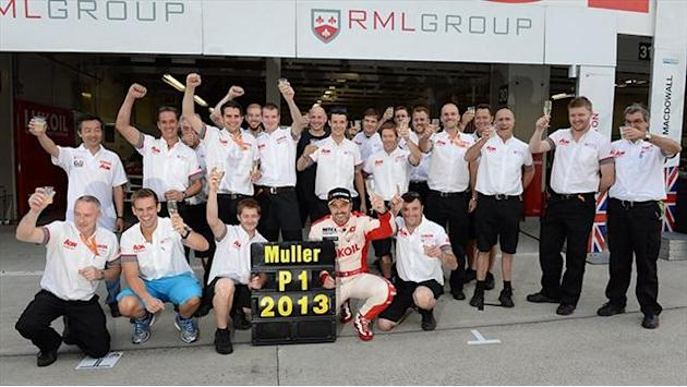 WTCC - Muller wins record-breaking fourth title