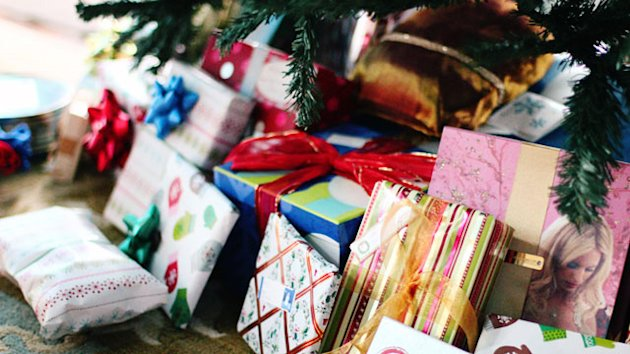 How to Get Free Stuff for the Holidays (ABC News)