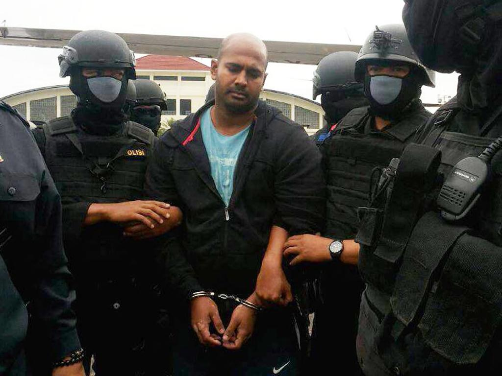 Indonesia rejects prisoner swap to save death row Australians