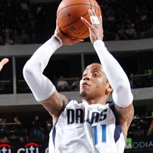 Mavericks Push Past Pacers