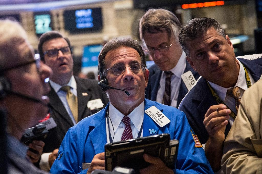 Dow plunges 470 points as oil sinks 8% in grim September debut