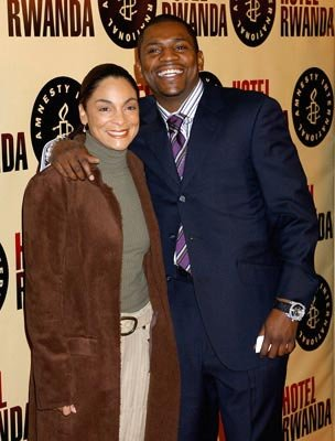 Premiere: Jasmine Guy and Mekhi Phifer at the Beverly Hills premiere of United Artists' Hotel Rwanda - 12/2/2004