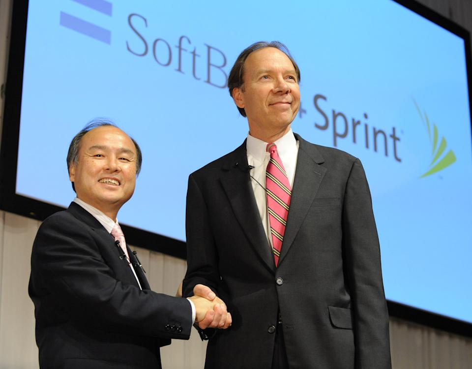 Sprint loses subscribers again in 3Q