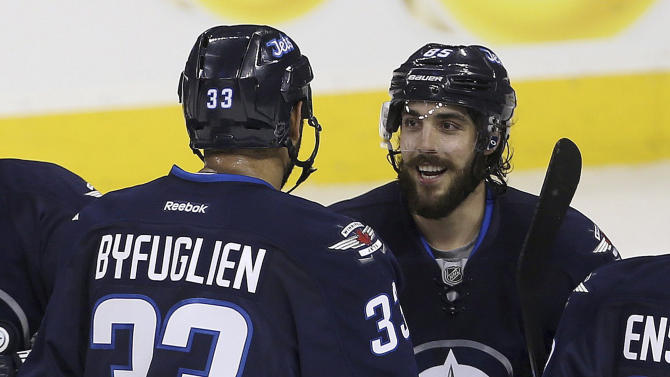 Perreault scores 4 goals as Jets rout Panthers 8-2