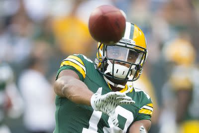 Randall Cobb suffers AC joint sprain against Eagles