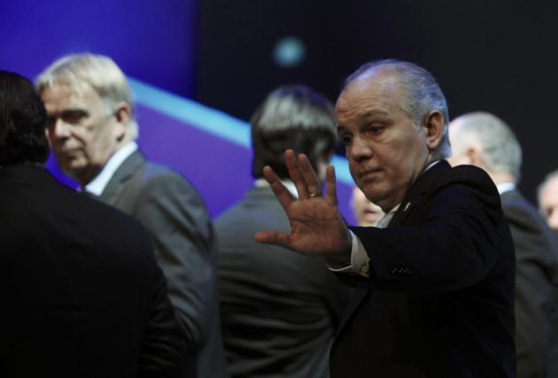 Sabella gestures during the draw for the 2014 World Cup in Sao Joao da Mata