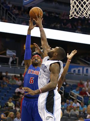 Magic hang on for 87-86 victory over Pistons