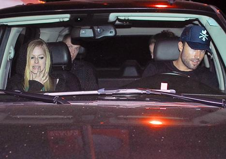 PIC: Avril Lavigne, Brody Jenner Reunite for Happy Night Out