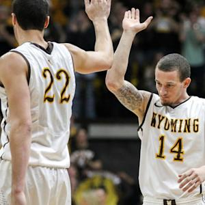 Wyoming's Dunk Clinic
