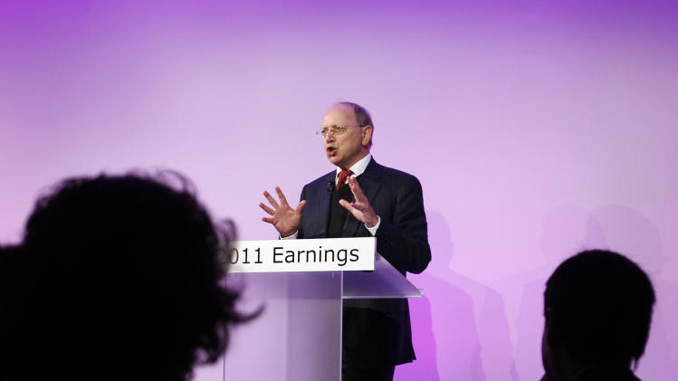 Alcatel-Lucent returns to profit in 2011