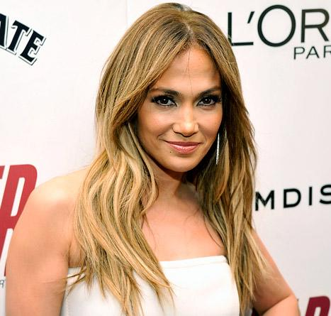 Jennifer Lopez's Gorgeous Makeup at the Parker Premiere: All the Details