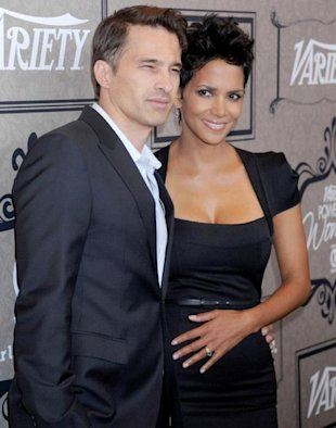 Sorprendida Halle Berry con su embarazo