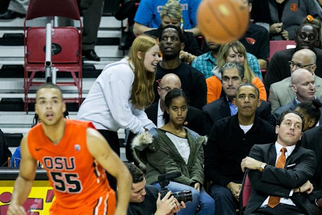 The Obama Family Watches U. Maryland v. Oregon State Basketball Game