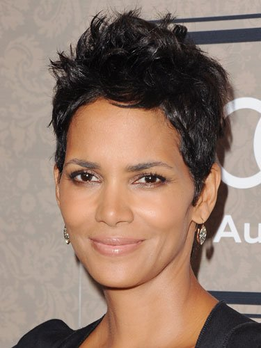 Short: Halle Berry