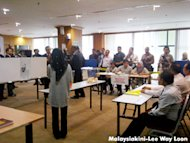 M'sians overseas can vote by post, says EC