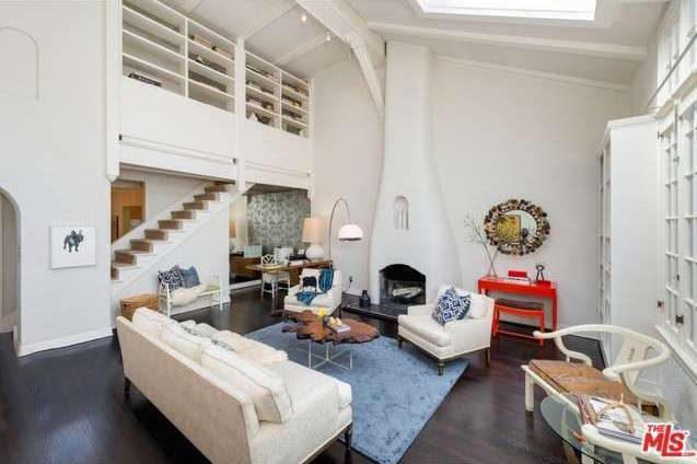 1920s Bungalow Purportedly Built For Early Hollywood Screenwriters Asking $549,000