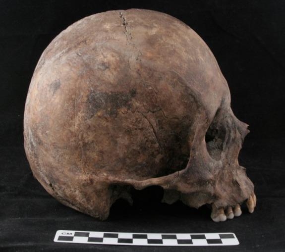 Aztec Conquerors Reshaped Genetic Landscape of Mexico