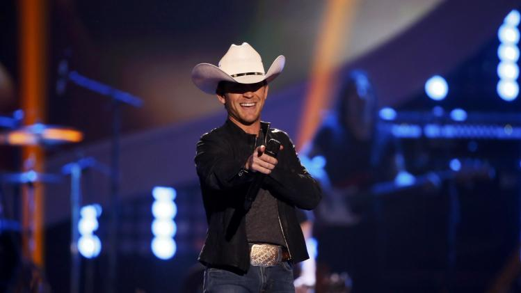 Moore performs during the 4th annual American Country Awards in Las Vegas