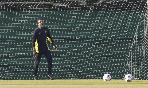 FC Barcelona's goalkeeper Jose Manuel Pinto smiles during a training session at Ciutat Esportiva Joan Gamper in Sant Joan Despi near Barcelona