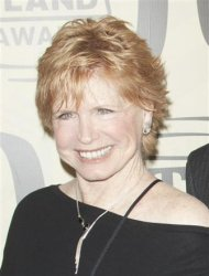 Bonnie Franklin is seen during the 10th Annual TV Land Awards at the Lexington Avenue Armory in New York April 14, 2012. REUTERS/Andrew Kelly