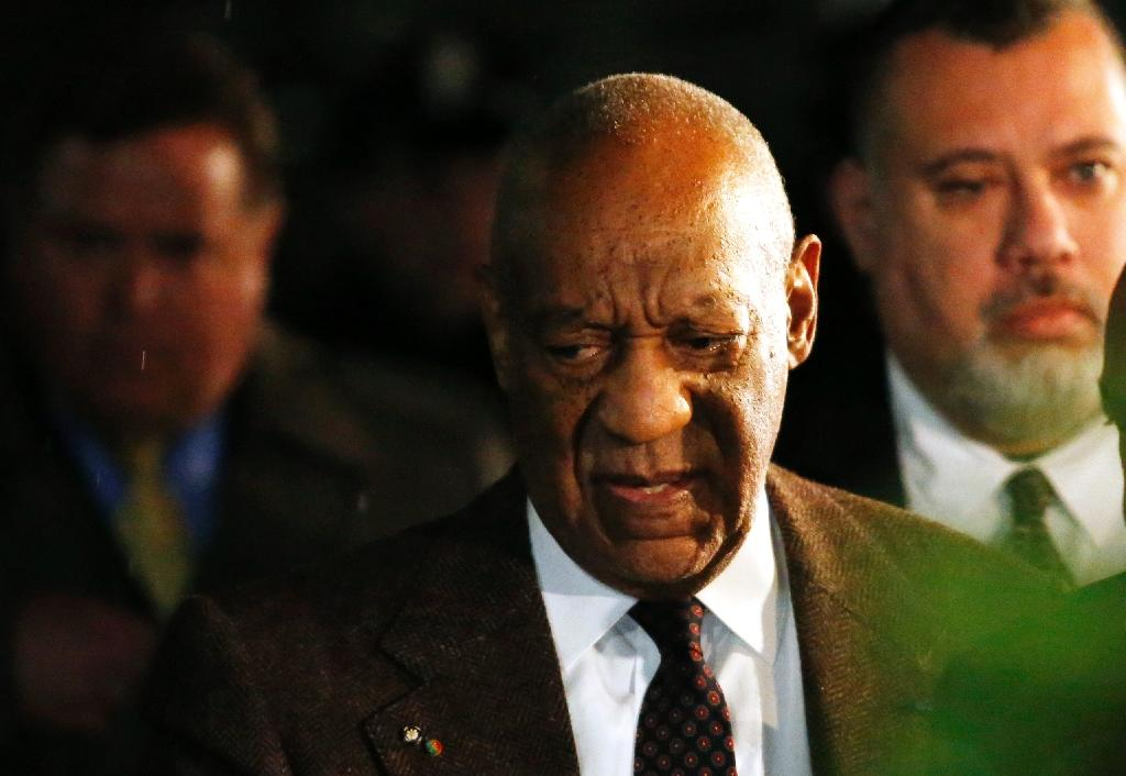 Bill Cosby appeals to halt sexual assault case