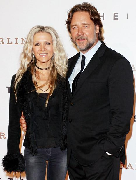 "Russell Crowe Opens Up About Separation From Wife Danielle Spencer: I Want to ""Bring My Family Back Together"""