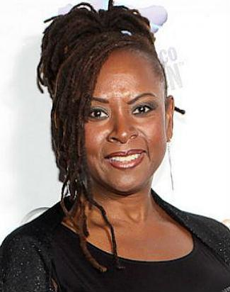 Howard Stern Sidekick Robin Quivers Reveals Cancer, Recovery (Video)
