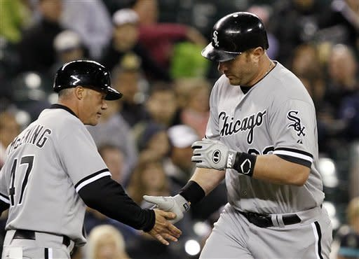 Dunn has two homers, five RBIs for White Sox