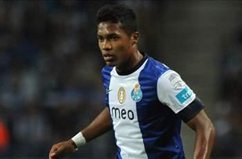 Porto trio wary of Malaga backlash
