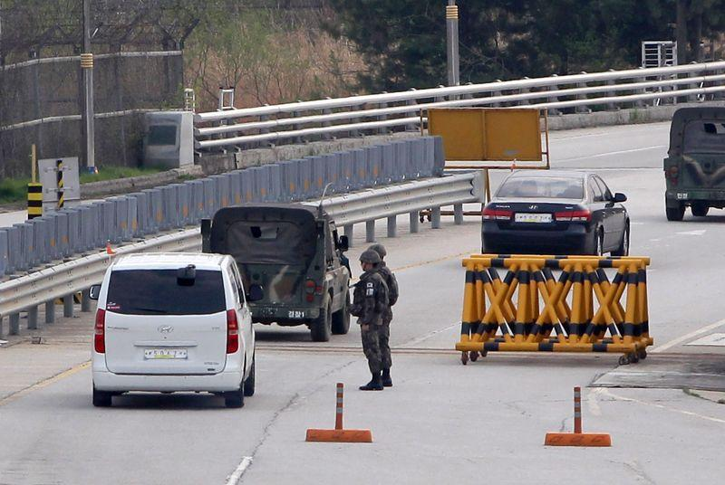 North Korea reopens borders to tourists following Ebola crackdown